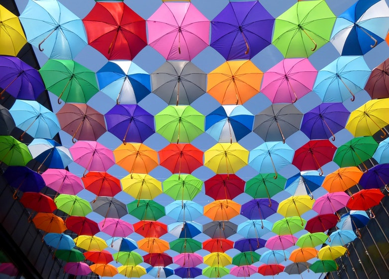 color-umbrella-red-yellow-163822 (1)
