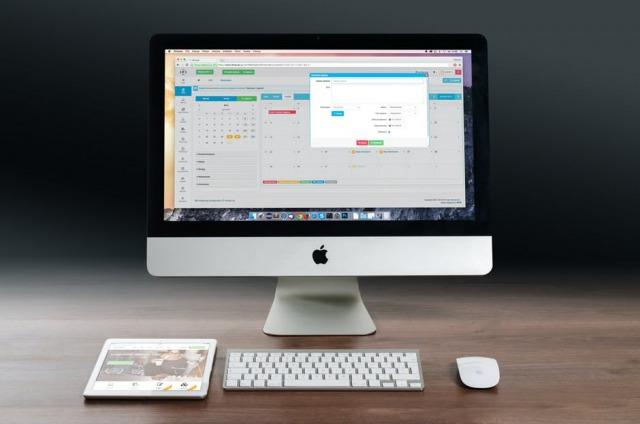 s_apple-imac-ipad-workplace-38568